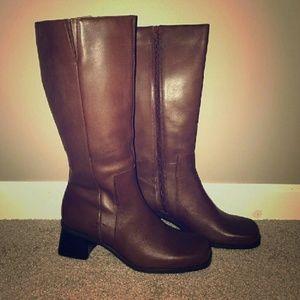 ***Brand NEW**NIB Brown Riding Boots